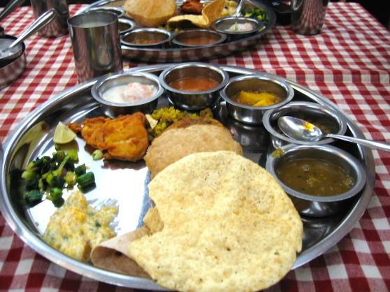 yummy maharashtrian thaali at shreyas hotel
